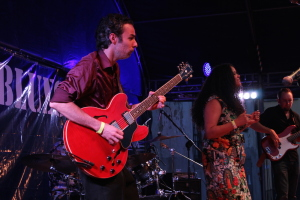 IMG_1145-amenoblues-2015