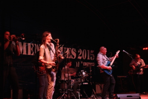 IMG_1234-amenoblues-2015