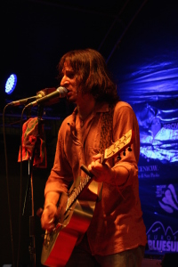 IMG_0149-amenoblues-2015